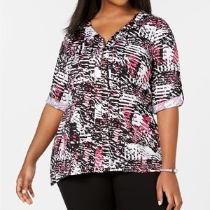 Plus Size Printed Zip-Front Top In Pink BlackWhite